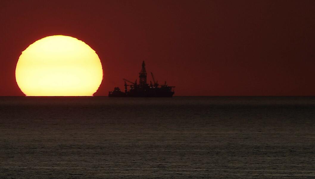 <strong>SUPER:</strong> Oljeprisen er på nytt i fritt fall og i øyeblikket på det laveste nivået siden 2016. Foto: NTB scanpix / Joseph Eid / AFP