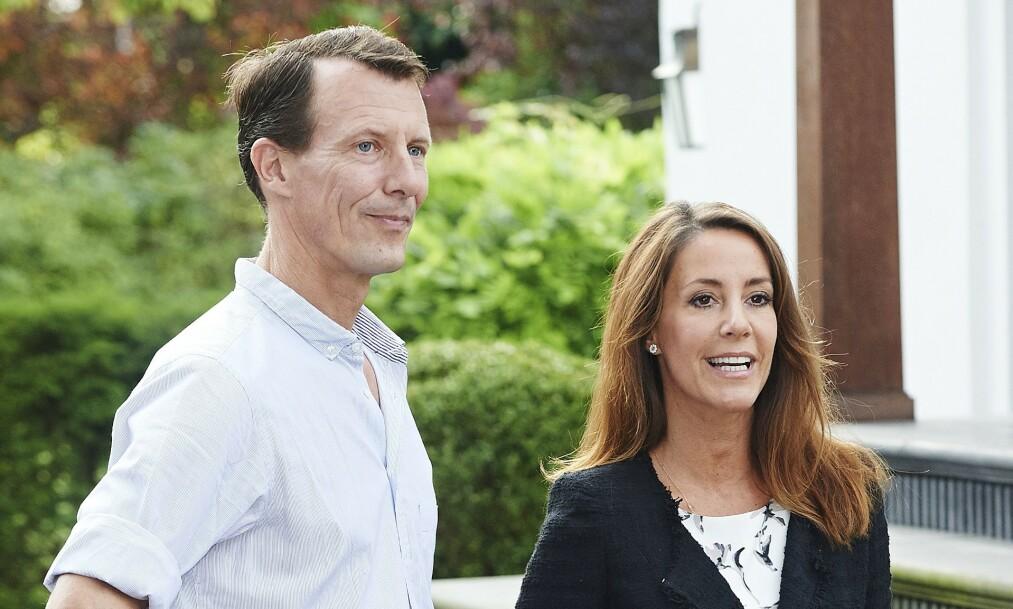 <strong>PARIS:</strong> Prins Joachim og kona prinsesse Marie har vært bosatt i Frankrike med sine to barn siden august. De har ingen planer om å returnere til Danmark selv om myndighetene anbefaler det. Foto: NTB scanpix