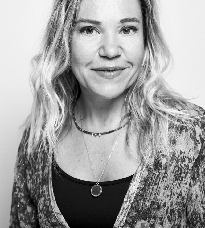 ALLE ØNSKER SEG GLØD: - En hus som ikke ser sminket ut, er noe mange ønsker seg, sier Anne Chamoyan, produktuviklingssjef for makeup i Sisley til KK. Foto: Presse