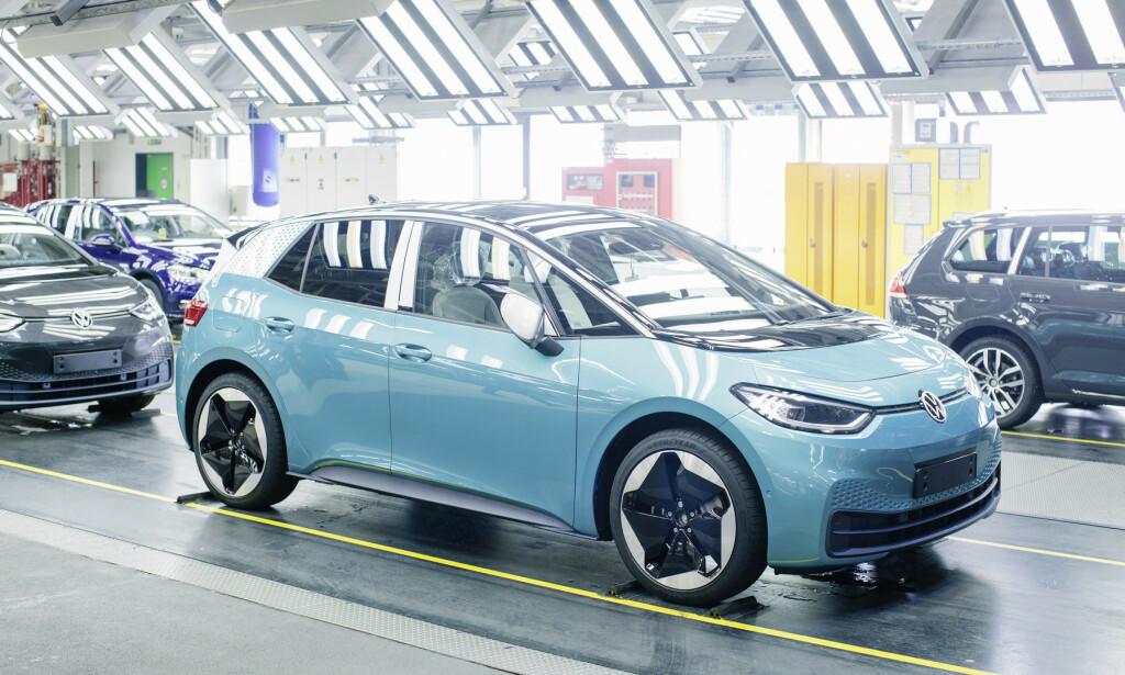 VW ID.3: Lanseringen av ID.3 er foreløpig tenkt som planlagt, og de første bilene er for lengst produsert. ID.4 er mer usikkert. Foto: VW