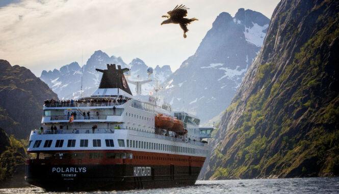 image: Hurtigruten permitterer ytterligere 2600 ansatte