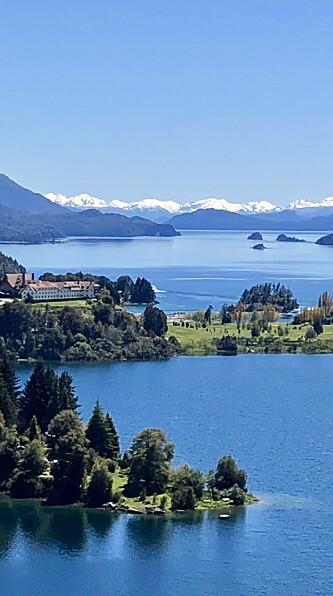 SLÅENDE NATUR: Bariloche ved foten av Andesfjellene har mye vakker natur. Foto: Privat