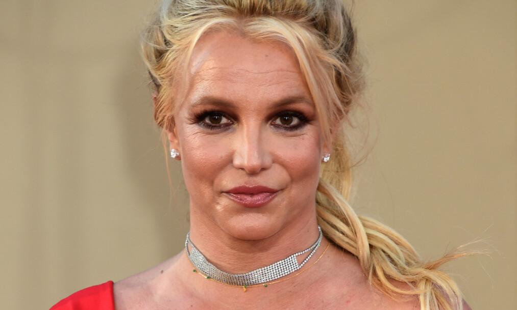 <strong>SÅRET:</strong> Det strømmer inn med hatkommentarer mot Britney Spears i sosiale medier. Nå svarer stjernen på kritikken. Foto: NTB scanpix