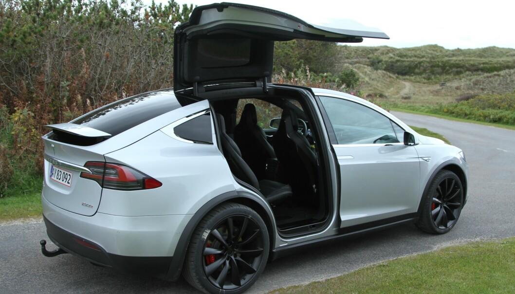 <strong>KONKURRENT:</strong> Triton Model H kan gruse spesifikasjonene til Tesla Model X (bildet). Model X kan imidlertid skilte med å være en realitet - og måkevingedørene!
