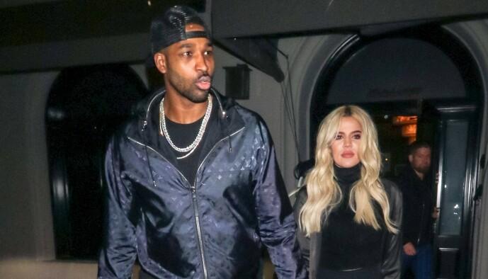 <strong>HUSJAKT:</strong> Khloé Kardashian og Tristan Thompson skal angivelig være sammen igjen, og skal være på jakt etter et nytt hjem sammen. Her er paret avbildet i Los Angeles i 2019. Foto: NTB Scanpix