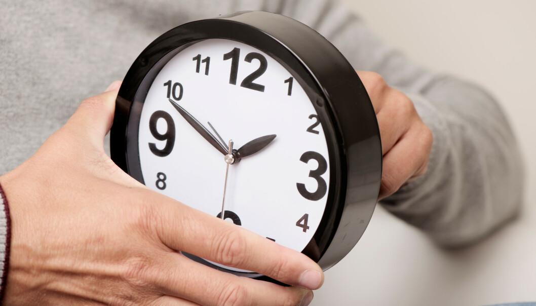 <strong>SOMMERTID:</strong> Natt til søndag 29. mars skal vi stille klokka til sommertid. Det betyr at du skal stille klokka én time fram. Foto: Shutterstock/NTB scanpix