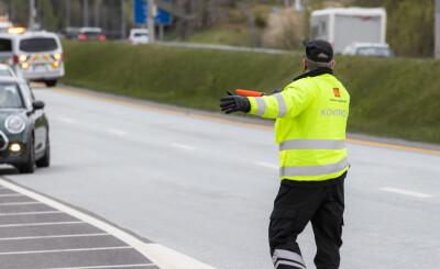 Image: Bilist hostet på kontrollør