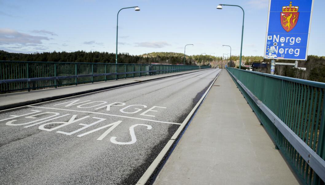 <strong>ØKTE KONTROLLER:</strong> Statens vegvesen er hyppig på plass på grensen mellom Norge og Sverige. Foto: Scanpix Foto: Vidar Ruud / NTB scanpix