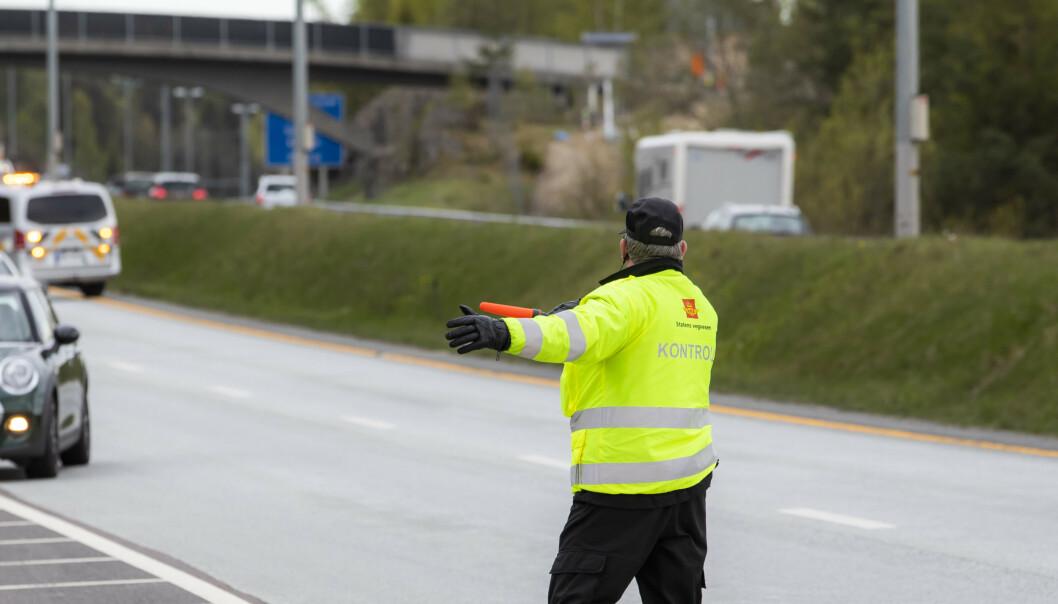 <strong>UFINT:</strong> En kontrollør ble hostet i ansiktet av en sint bilist som ble stoppet i kontroll. Illustrasjonsbilde: Håkon Mosvold Larsen / NTB scanpix.