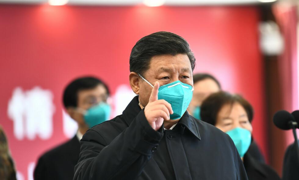 SKREKKSCENARIO: Håndteringen av coronaepidemien kan bli et gjennombrudd for overvåkningssamfunnet. Et svalestup inn i en framtid vi ikke ønsker. Foto: Xie Huanchi/Xinhua/Polaris/NTB Scanpix