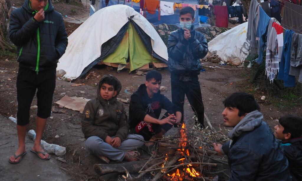 image: - Hold deg i teltet. Ikke forlat Europas helvete