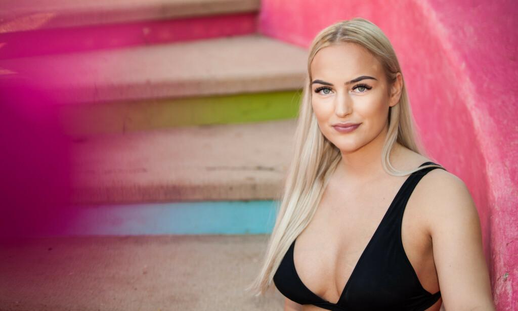 REAGERER: «Paradise Hotel»-deltaker Hanna Holterman Semb mener TV3 har holdt tilbake essensiell informasjon hun fortalte på inne på hotellet. Foto: Roy Darvik / TV3