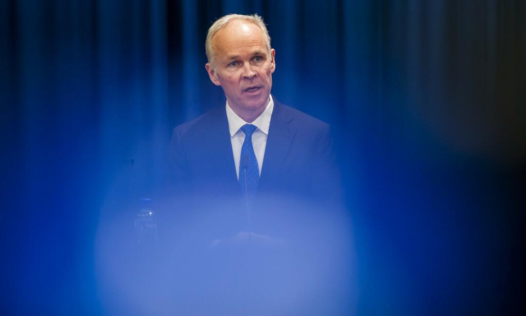 Finansminister Jan Tore Sanner sier nei til Finanstilsynets ønske om å forby bankene å utbetale utbytte. Foto: Fredrik Varfjell / NTB scanpix