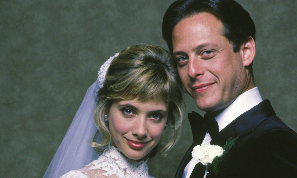 HOLLYWOOD-STJERNE: Skuespilleren Mark Blum har gått bort. Her med Rosanna Arquette i filmen «Desperately Seeking Susan» fra 1985. Foto: NTB Scanpix