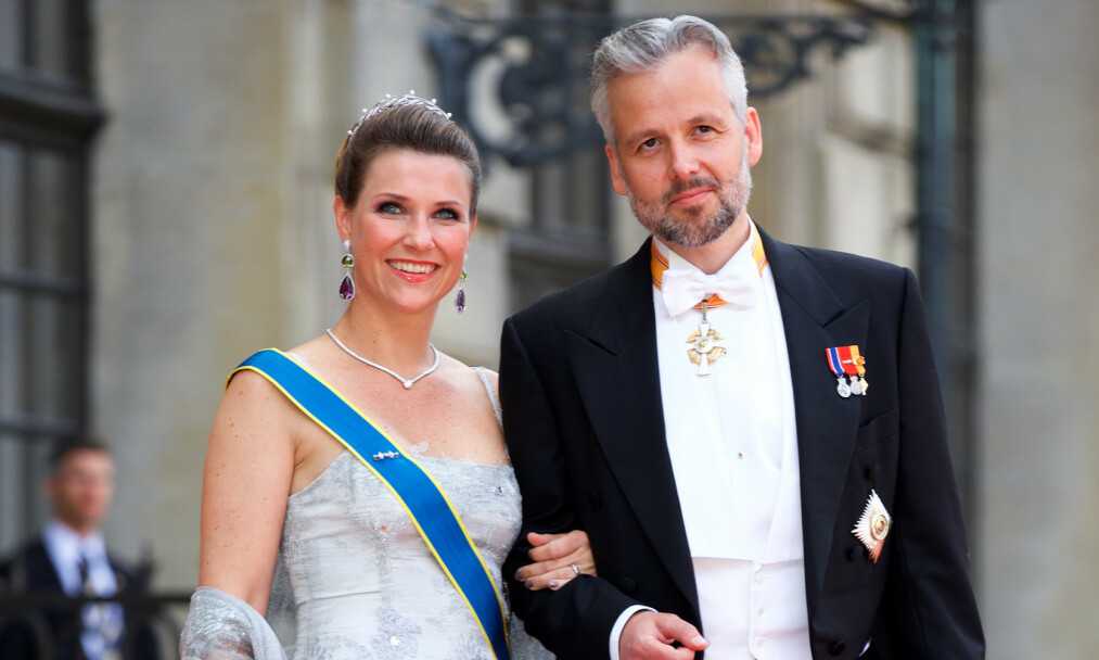<strong>I SORG:</strong> Ari Behn tok sitt eget liv første juledag i fjor. Nå forteller ekskona, prinsesse Märtha Louise, om den vanskelige perioden. Foto: NTB scanpix