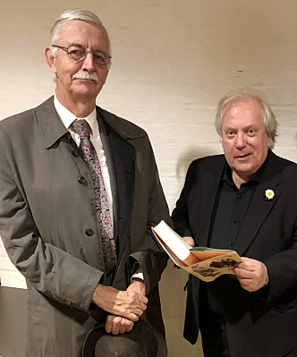 VIKTIG HISTORIE: Vi møtte sønnen Peter Nicolay Ræder og forfatter Ingar Sletten Kolloen hos Gyldendal i Oslo. FOTO: Malini Gaare Bjørnstad