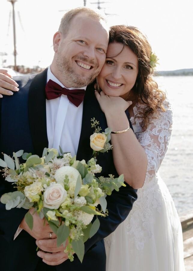 BLE IKKE GODT KJENT: Marina Skjønerg Nordås og Johnny Andresen valgte å gå hver til sitt en stund etter innspillingen. Foto: TVNorge