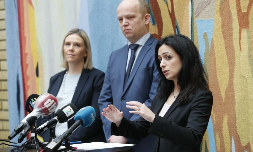 ANSTRENT: Tonen er hard mellom Sylvi Listhaug (Frp), Trygve Slagsvold Vedum (Sp) og Hadia Tajik (Ap) foran de siste avgjørende forhandlingsdagene om oljeskatten på Stortinget. Foto: Terje Bendiksby / NTB scanpix