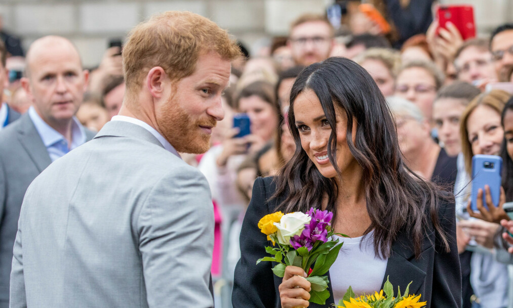 <strong>FORLATER INSTAGRAM:</strong> Hertuginne Meghan og prins Harry la ut sin siste Instagram-post mandag. Nå trekker de seg tilbake. Foto: NTB scanpix