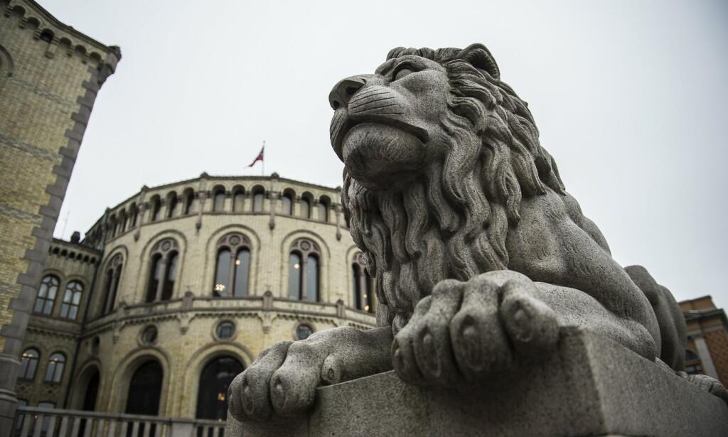 FULLMAKTER: Kriseloven gir regjeringen begrensede fullmakter til å fatte vedtak raskere under coronakrisa. Foto: Lars Eivind Bones / Dagbladet
