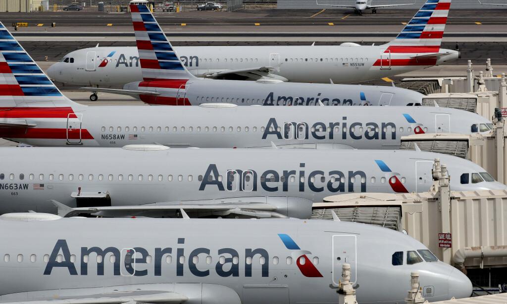 KRISE: Med 945 fly har American Airlines den største flåten av alle verdens flyselskaper. Koronakrise og reiserestriksjoner betyr at en lang rekke ruter er innstilt. Illustrasjonsfoto: Matt York / AP / NTB scanpix