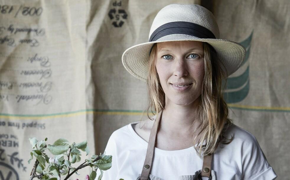 – Jeg kunne fortsatt tenkt meg å bo i skogen. At jeg ikke gjør det, handler om barna, sier Mette Helbæk (41). FOTO: Stine Christiansen