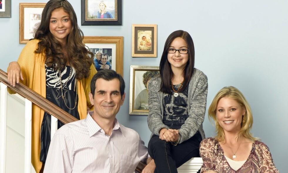 TIDLIG I RAMPELYSET: Ariel Winter (nummer to fra høyre) ble en del av «Modern Family» allerede som elleveåring. Å vokse opp i rampelyset mener hun har vært tøft. Foto: NTB scanpix