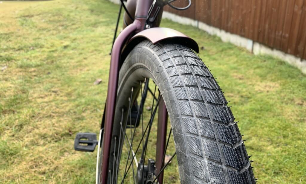 Dekk med høyt volum gjør sykkelturen svært komfortabel. Foto: Martin Kynningsrud Størbu