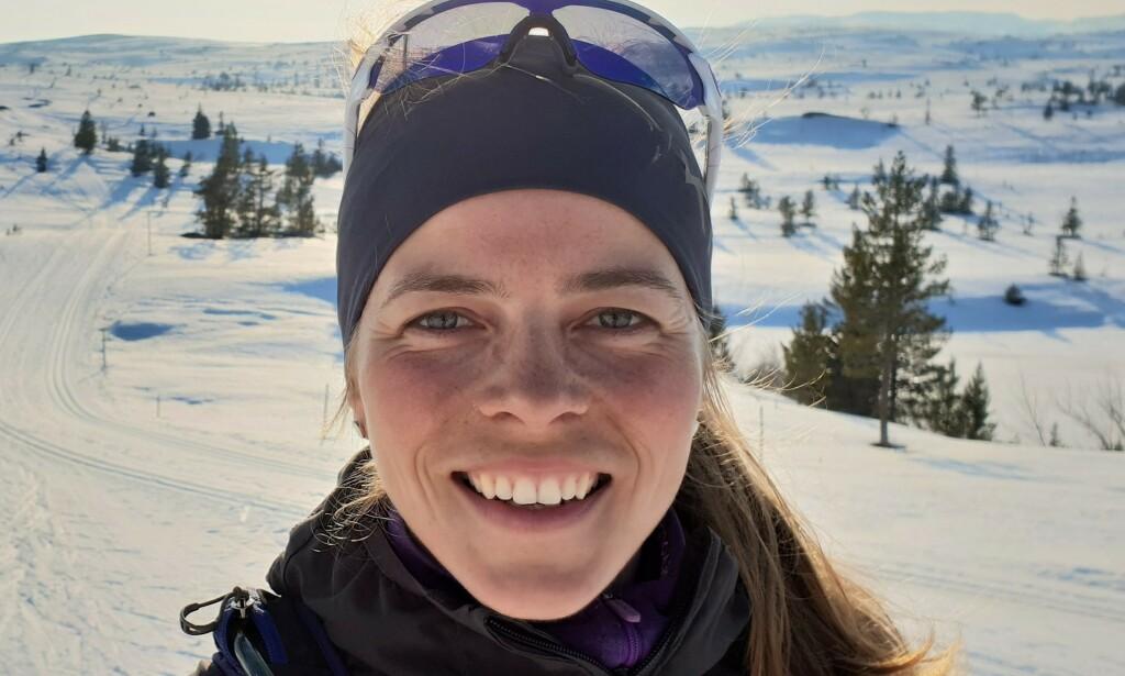 - HASTER: Marit Vidnes er daglig leder for Norrøna Hvitserk Adventure. Turarrangøren er blant aktørene i Norge som er underlagt pakkereiseloven. Det kan koste virksomheten mer enn den vil tåle, dersom myndighetene ikke griper inn. Foto: Privat