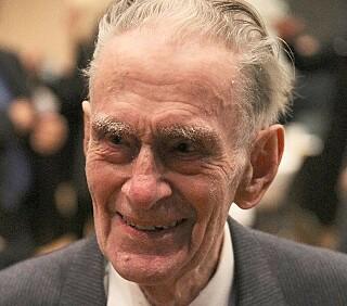 DØDE: Øystein Mogen ble 89 år. Foto: Privat