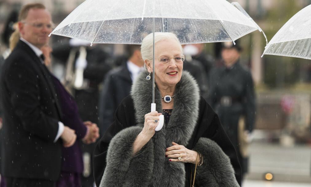<strong>FYLLER ÅR:</strong> Dronning Margrethe blir 80 år 16. april. I et intervju med Alt for Damerne forteller hun at årene har gått fort. Her er hun avbildet under det norske kongeparets 80-årsfeiring i 2017. Foto: NTB Scanpix