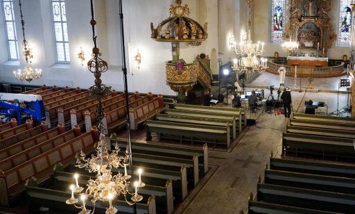 image: Påske feires med tomme kirker verden over