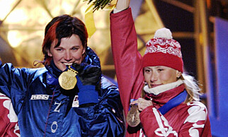 DUELLERTE MOT SKARI: Bente Skari vant gullmedaljen på 15 km klassisk i OL i 2002 foran Olga Danilova og Julia Tsjepalova. Foto: Cornelius Poppe / SCANPIX