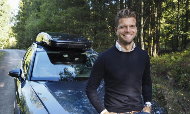 <strong>NYE FERIEVANER:</strong> Magnus Frøshaug Ryhjell, forretningsutvikler på FINN motor, ser at nordmenn søker på helt andre ferier nå enn tidligere.  Foto: Caroline Roka