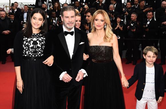 FAMILIE: John Travolta og Kelly Preston sammen med barna Ella og Benjamin under filmfestivalen i Cannes i 2018.