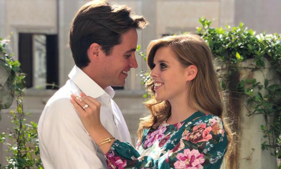 FORLOVET: Prinsesse Beatrice og Edoardo Mapelli Mozzi skulle egentlig ha giftet seg neste måned. Foto: NTB Scanpix