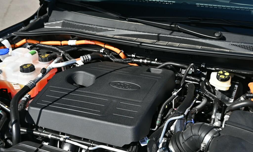TRINNLØST: Hybridstystemet har veldig like prinsipp som blant annet Toyota har brukt i mange år. Systemeffekten skal være 225 hester. Foto: Rune M. Nesheinm
