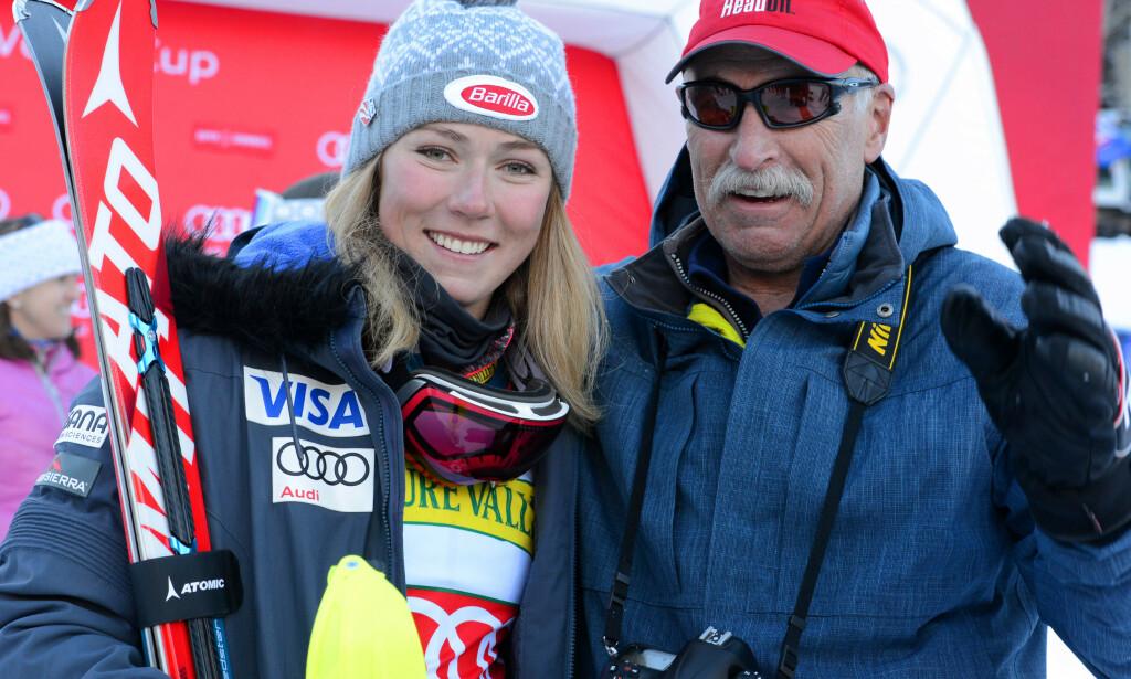 FAR OG DATTER: Jeff Shiffrin og dattera under et renn i Aspen. Foto: NTB Scanpix