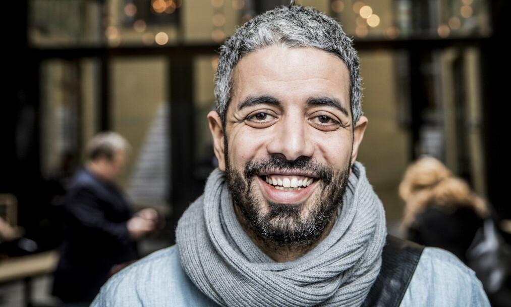 <strong>ETTERLYSER ALTERNATIV:</strong> Yousef Hadaoui mener NRK har et ansvar som allmennkringkaster å nå ut til innvandrerbefolkningen under coronakrisa. Foto: Christian Roth Christensen/Dagbladet
