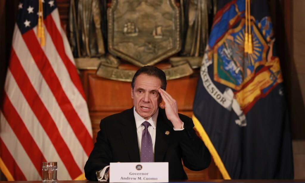 KRITISERTE TRUMP: Under dagens pressebrief ble det en krass tone mellom New York-guvernør Andrew Cuomo og president Donald Trump. Foto: NTB Scanpix