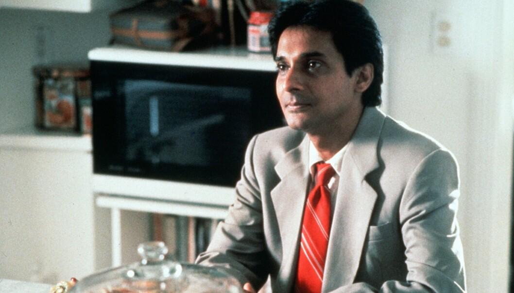 <strong>GIKK BORT:</strong> Ranjit Chowdhry ble bare 64 år gammel. Her fra filmen «Sam &amp; Me» i 1991. Foto: NTB Scanpix