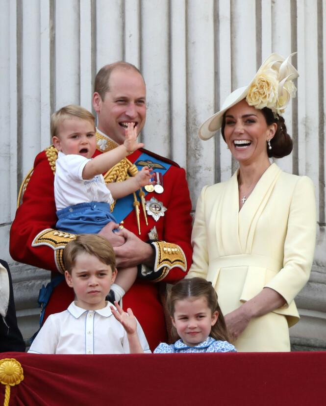 <strong>TREBARNSFORELDRE:</strong> Hertuginne Kate og prins William synes det fungerer fint med hjemmeskole for barna sine. Foto: NTB Scanpix