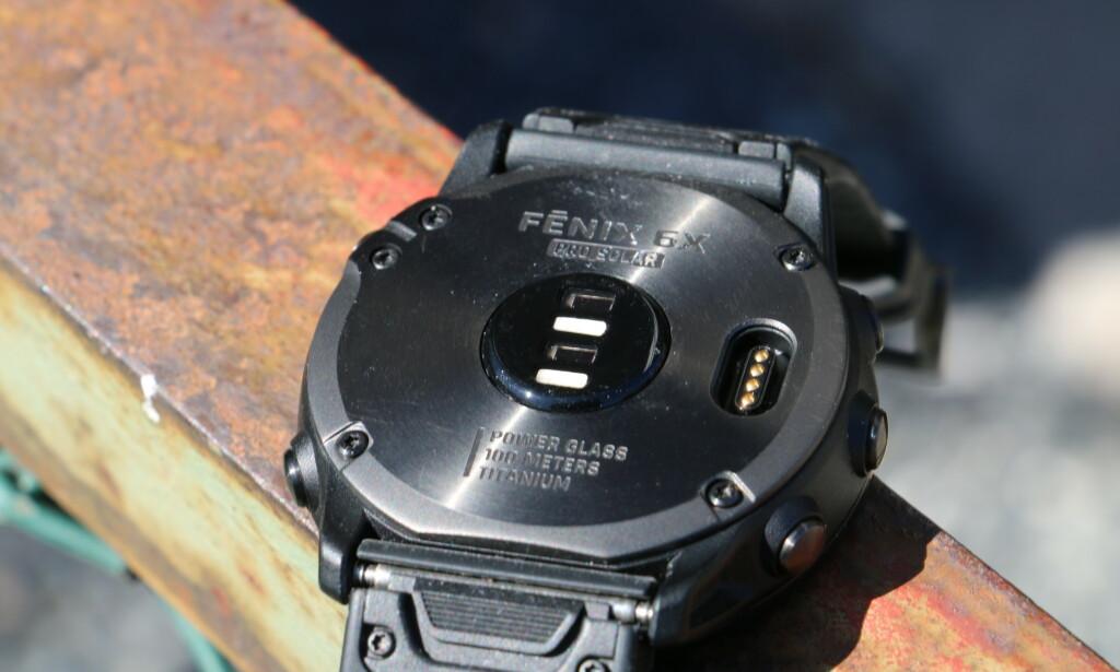 Fenix 6X Pro Solar har pulsmåling på håndleddet, men du kan koble til ekstern sensor hvis du foretrekker det. Foto: Martin Kynningsrud Størbu