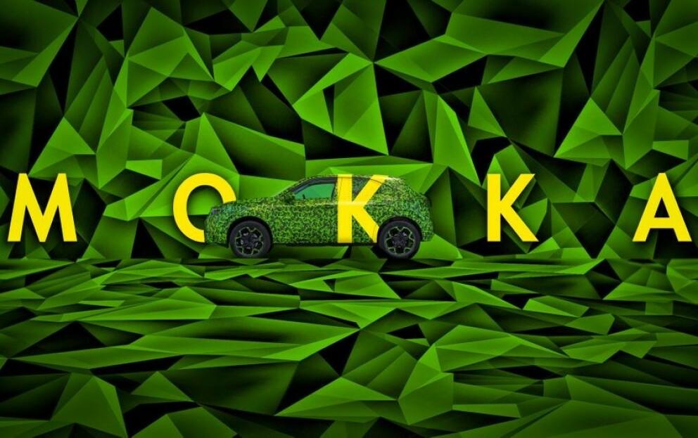 KAMUFLASJE: Opel ønsker ikke å avsløre mange detaljer om utseendet til andre generasjon Mokka. Foto: Opel.