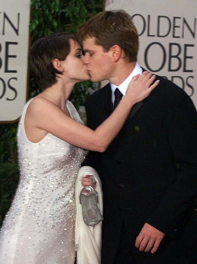 GLAMORØST PAR: Winona Ryder og Matt Damon på vei til Golden Globe i 2000, hvor Damon var nominert til beste skuespiller for «The Talented Mr. Ripley». FOTO: NTB Scanpix