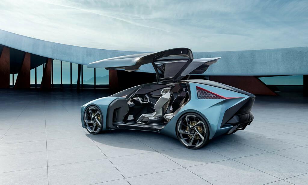 VINGER: Dørene på LF-30 minner mye om dørene Tesla benytter på Model X og Y. Foto: Lexus.
