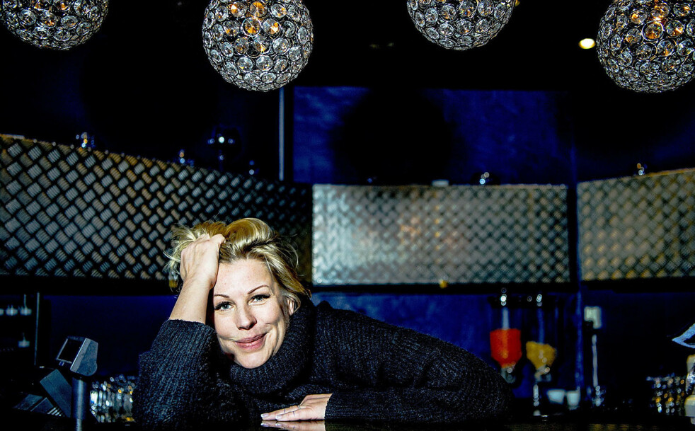 <strong>USYNLIG SYKDOM:</strong> Anne-Kat. Hærland fortalte for noen år siden at hun hadde den sjeldne øyesykdommen retinitis pigmentosa (RP). Her er hun fotografert på Latter i 2018. Foto: Thomas Rasmus Skaug/Dagbladet