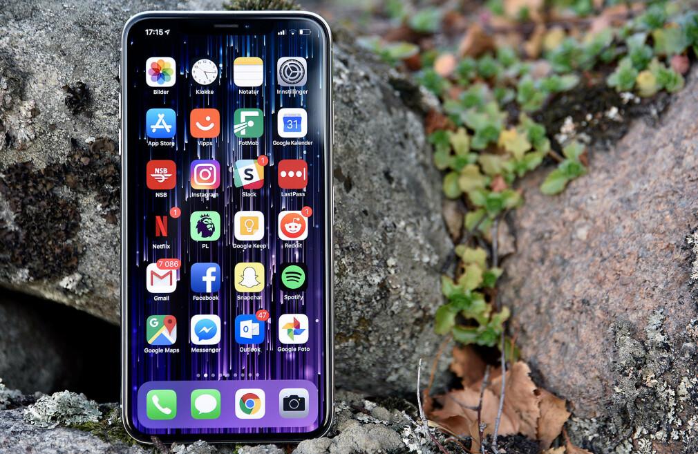 REKORDBILLIG: I dag får du 256 GB-utgaven av iPhone Xs Max til 7490 kroner. Så billig har den aldri vært før. Foto: Pål Joakim Pollen