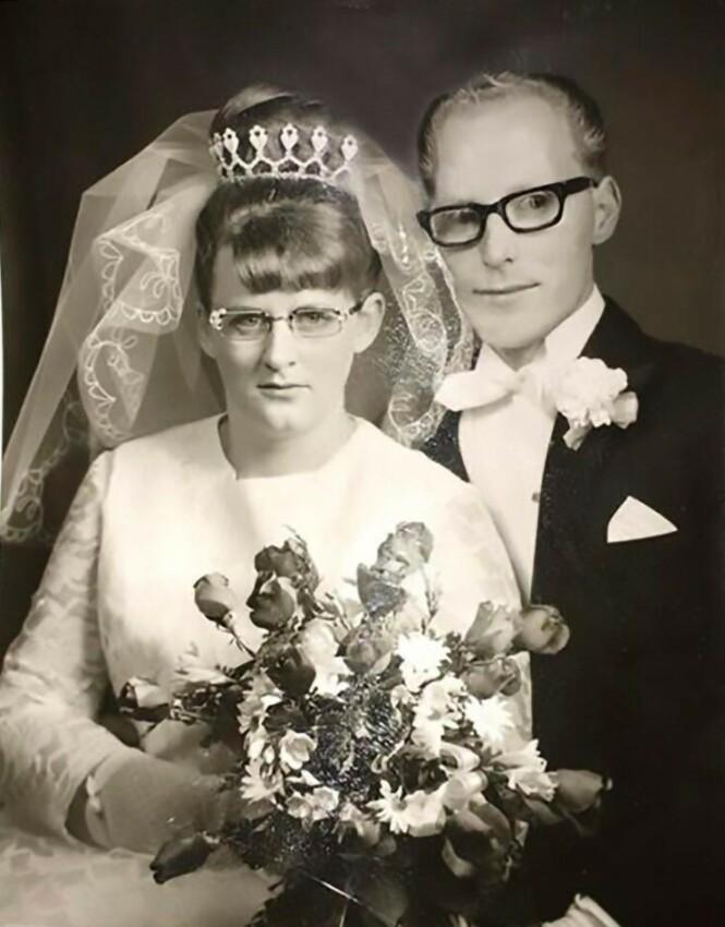 Solveij og Alf Gustafsson døde p å stedet da de kolliderte med en elg og deretter kjørte inn i et tre en høstkveld i 1976. FOTO: Privat