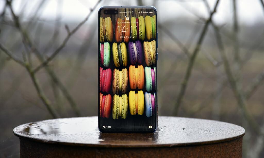 UTEN GOOGLE: At Huawei P40 Pro kommer uten Google om bord, betyr mer enn at Googles egne apper ikke fungerer. Foto: Pål Joakim Pollen